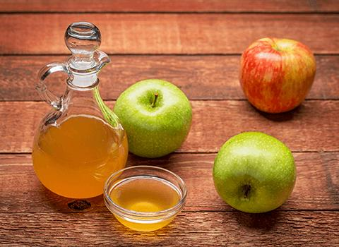 Unfiltered organic apple cider vinegar with mother
